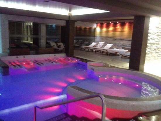 Hotel Lo Zodiaco: piscina