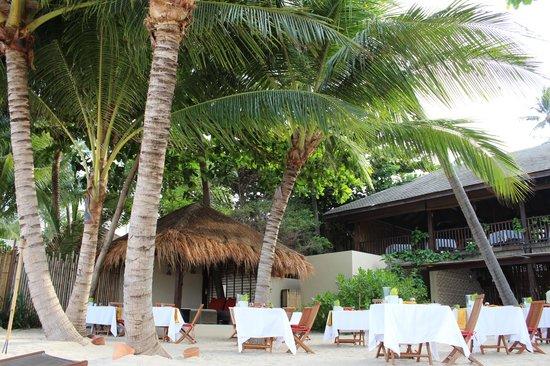Anantara Rasananda Koh Phangan Villas: Beach resturant