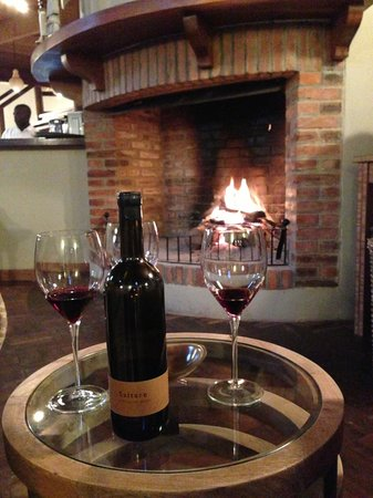 Lilayi Lodge: Excellent wine selection
