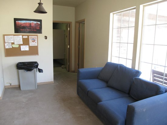 Zion RV and Campground: Public restroom and laundry building entry