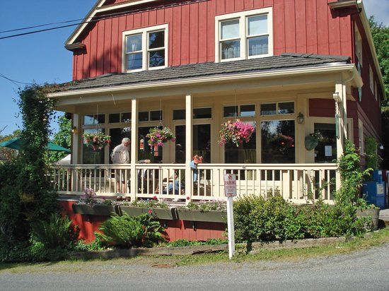 Kingfish Inn : Intimate Inn