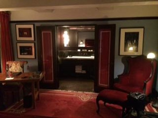 Gramercy Park Hotel: Room view