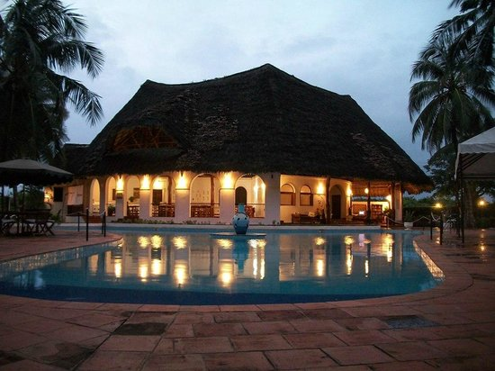 Bushbaby Resort - Malindi: swimming pool