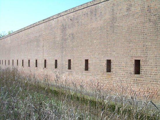 Old Fort Jackson: Moat needs cleaning