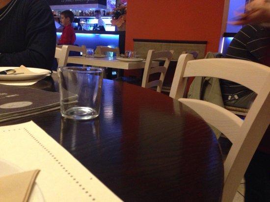 Tigella Bella : Tavolo sala 1