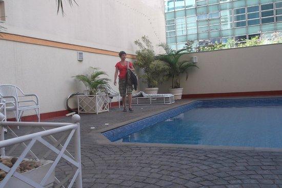 Hotel Sol Belo Horizonte: Piscina