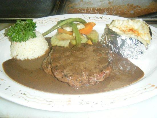 Margaritas Restaurant: rico filete mignon .. mmm..