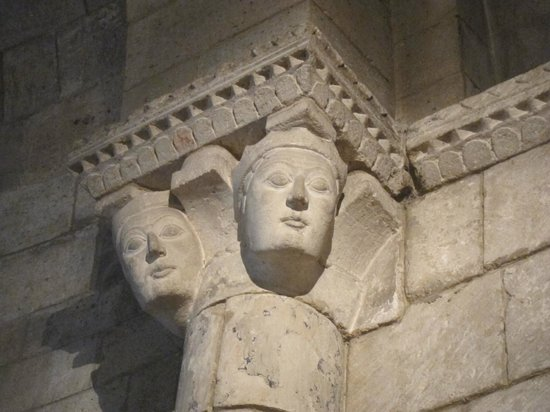 The Met Cloisters: Detail of column