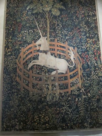 The Met Cloisters: Famous unicorn tapestry