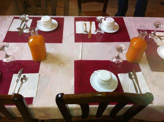 Hotel Nuestra Señora del Carmen: Desayuno.