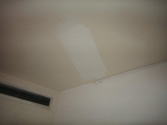 Lev Yerushalayim: Bedroom ceiling