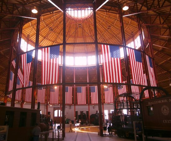 Baltimore and Ohio Railroad Museum: The impressive inside