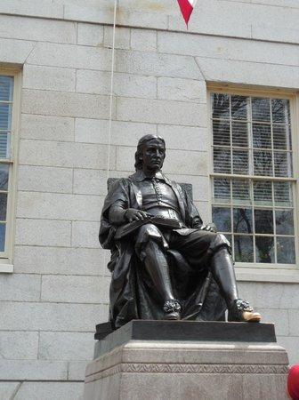 Russell House Tavern: Statue of John Harvard