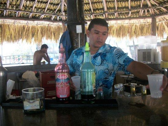 Isla Caribe Beach Hotel : Buena atención.
