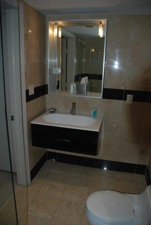 Marriott Vacation Club Pulse, South Beach : Bathroom
