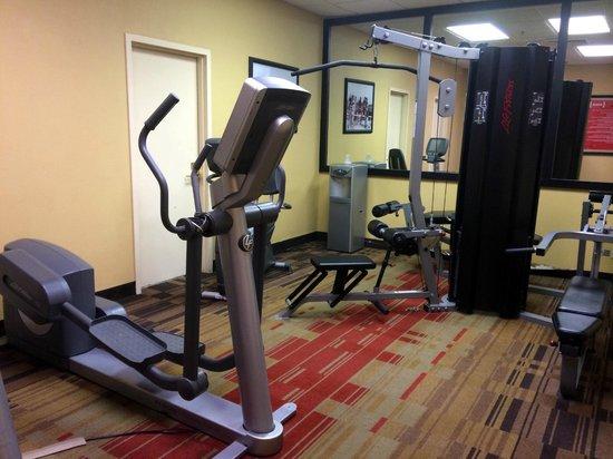 Hotel Preston : Hotel Fitness Center