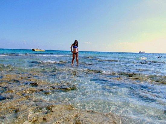 Glyki Nero Beach: Near Beach