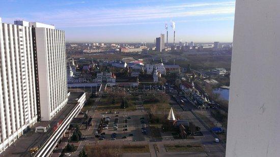 Alfa Hotel : Вид из окна