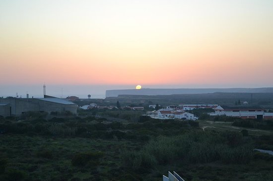 Algarve Surf Hostel - Sagres : Sunset of Sagres from the Hostel