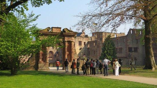 Schloss Heidelberg: Entrando al castillo de Heidelberg