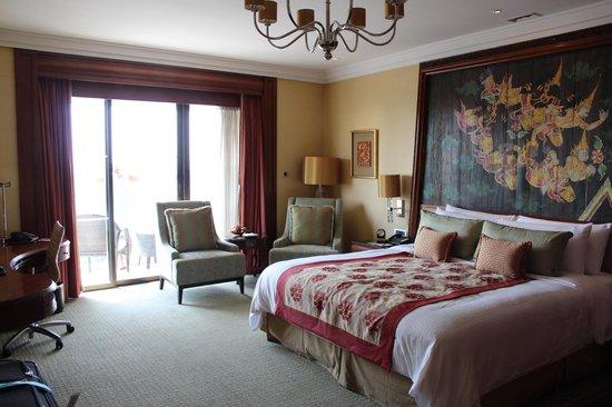 Shangri-La Hotel,Bangkok: bedroom