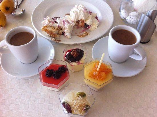 Amathus Beach Hotel Limassol: Dessert in höchter Qualität