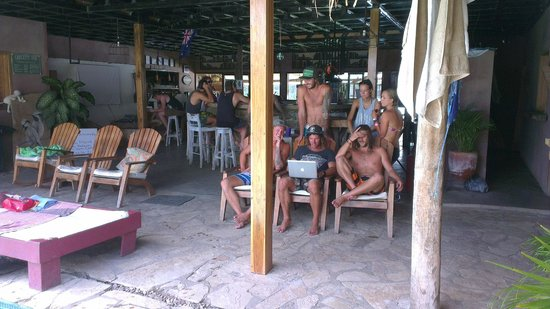 Casa De Olas: Chilled and happy people
