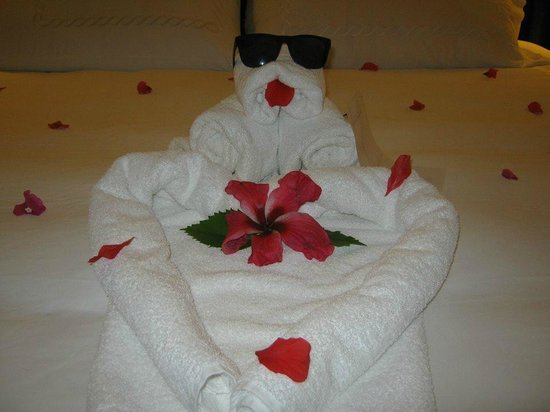 Sandals Ochi Beach Resort : Surprise towel art from our butlers