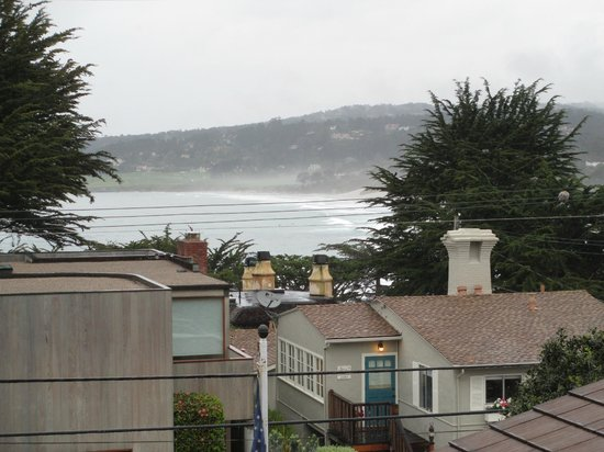Sandpiper Inn Carmel: Our view from Room 6