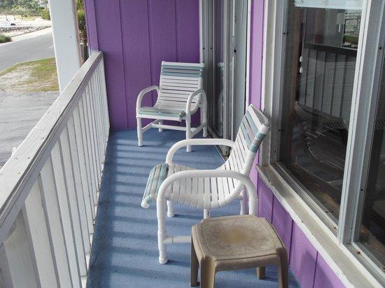 Beach Front Motel: balcony