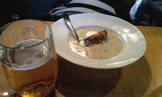 Kolkovna Celnice : The soup