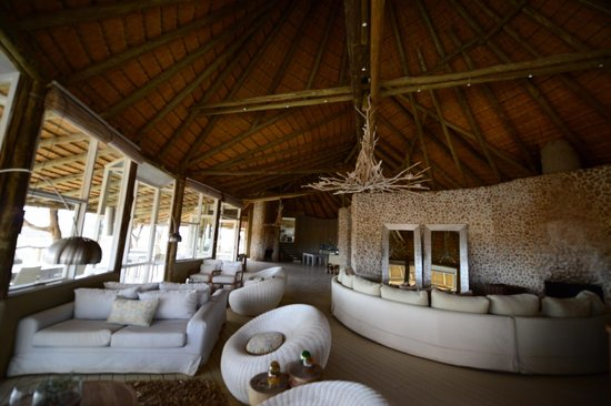 Wilderness Safaris Little Kulala: dining area
