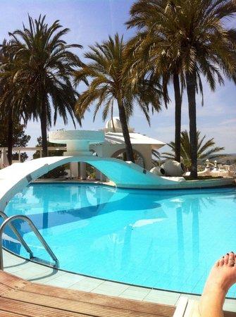 Maritim Hotel Galatzó: By the pool