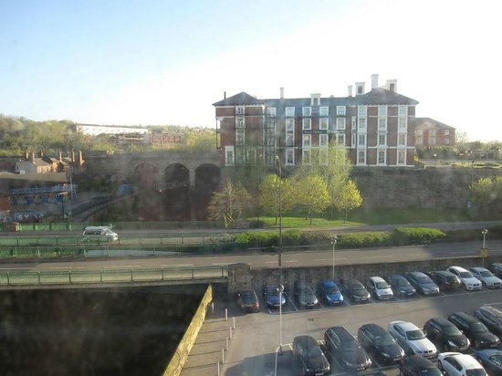 Holiday Inn Express Sheffield City Centre: View from room