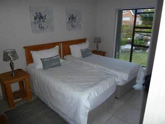 Van Den Bergs Guesthouse/B&B: Unser Schlafzimmer