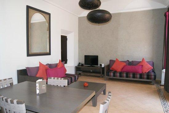 Adama Resort : salon