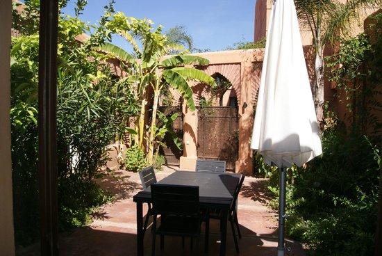 Adama Resort: terrasse