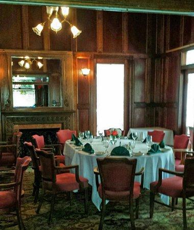 The Hilltop Restaurant: Front Formals