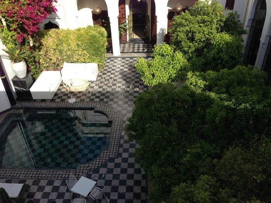 Riad Lotus Privilege: View of Inner Courtyard from 2nd floor private terrace
