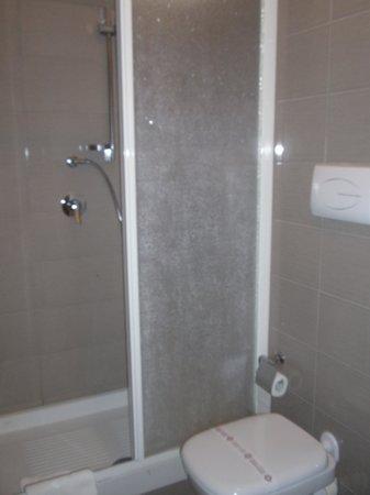 Sogni d'Oro: bagno-doccia