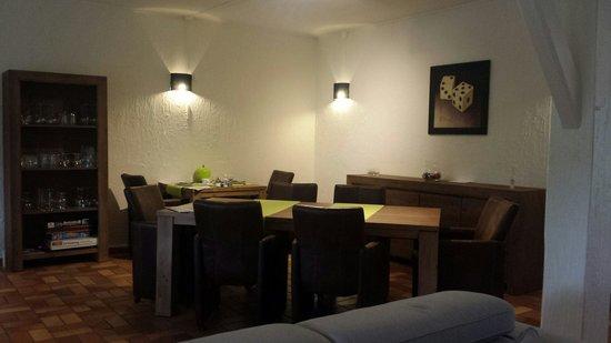 Hill De Bart: Ontbijt/diner ruimte