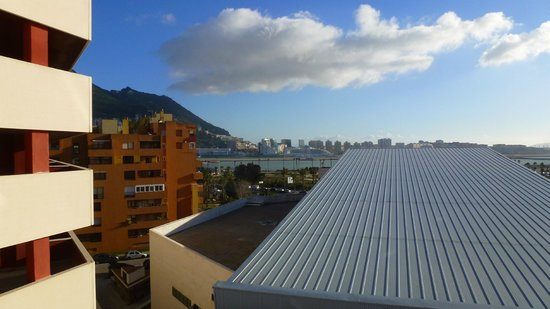 Ohtels Campo de Gibraltar: an obstructed view of Gibraltar