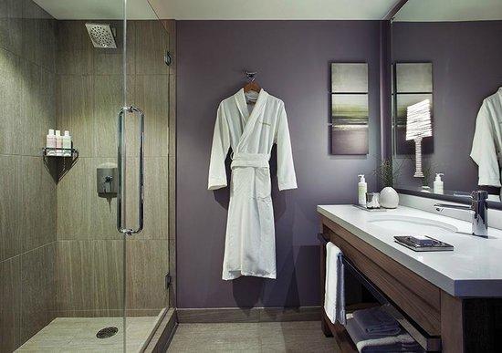 Nobu Hotel, Epiphany Palo Alto: Bathroom