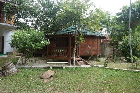 Calm Rest Guest House Mirissa: Bungalow