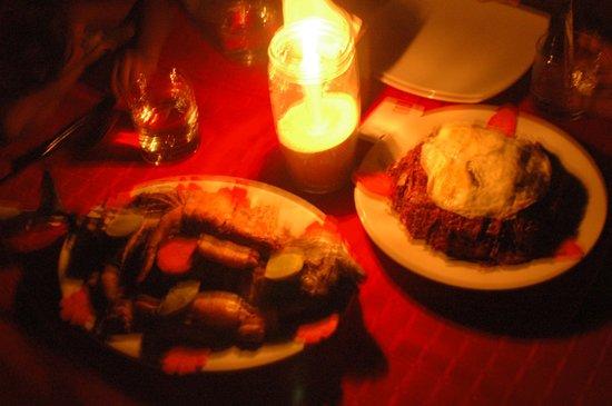 Stingray Beach Inn : Wonderful food at beach side dinner