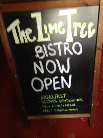 Limetree Bistro: Our new sign