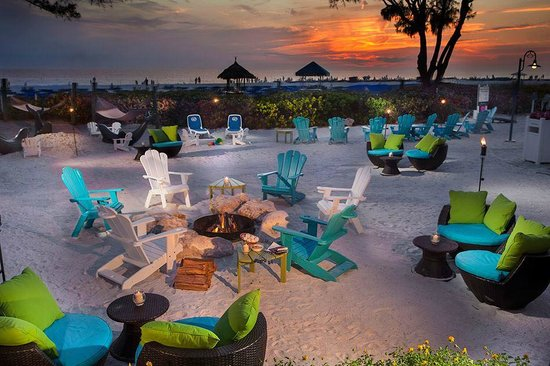 Guy Harvey Outpost, a TradeWinds Beach Resort: guy harvey sand area and fire pit