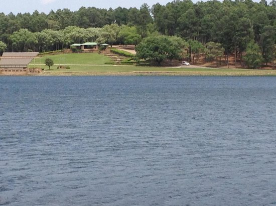 Hodges Gardens: View across the lake from the cabins