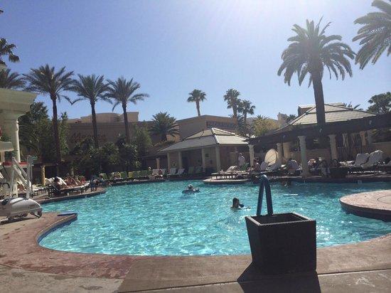 Four Seasons Hotel Las Vegas : Pool area