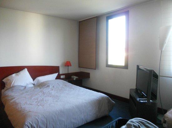 Novotel Suites Nancy Centre Hotel : Il letto matrimoniale